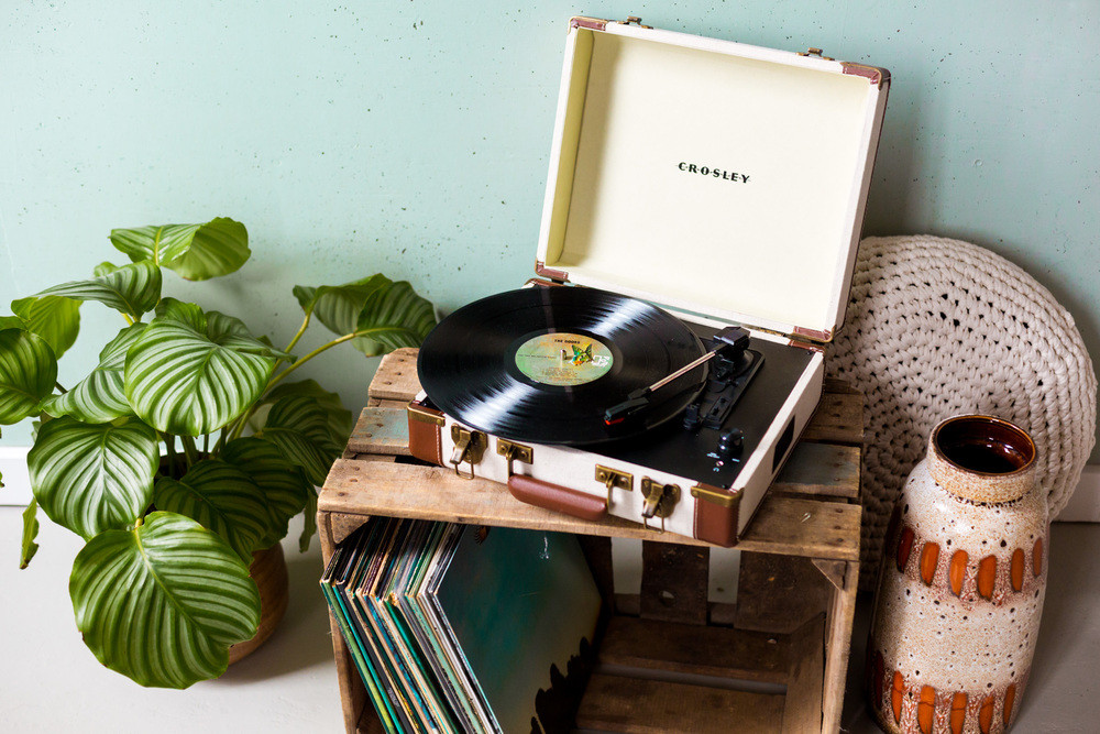 crosley-executive-platenspeler-linnen-trf-cr6019a-li-3bb.jpg