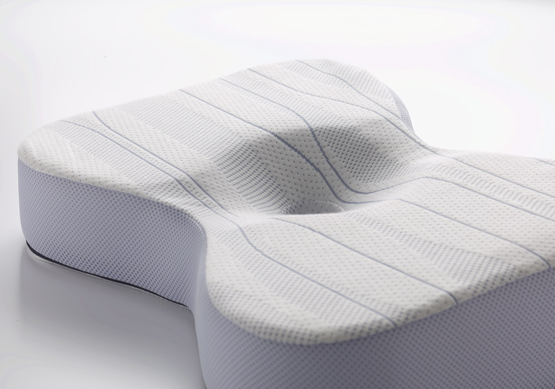 m-line-athletic-pillow-1.jpg