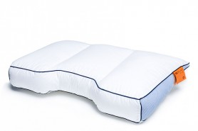 M line Fit Pillow