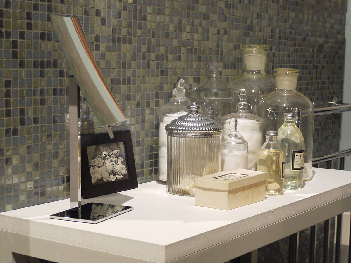 collecties/534115/Wonennl_Hansgrohe_trend-decoration-antique-jars_ambiance_4x3.jpg
