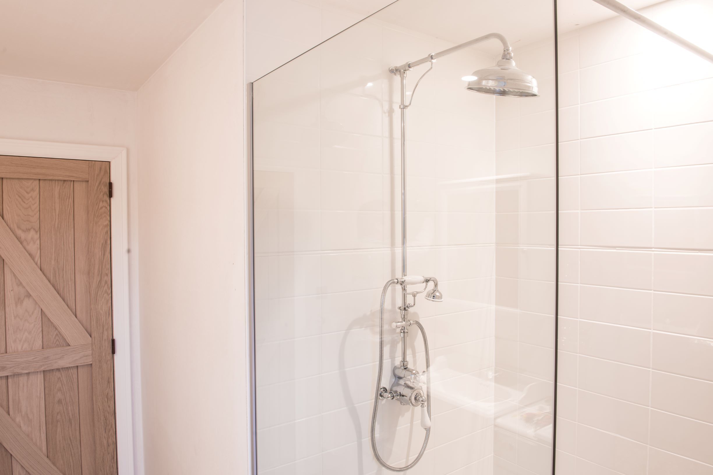 KMbadkamerkranen/Kenny_amp_Mason_Traditional_thermostatic_shower_2_1.jpg