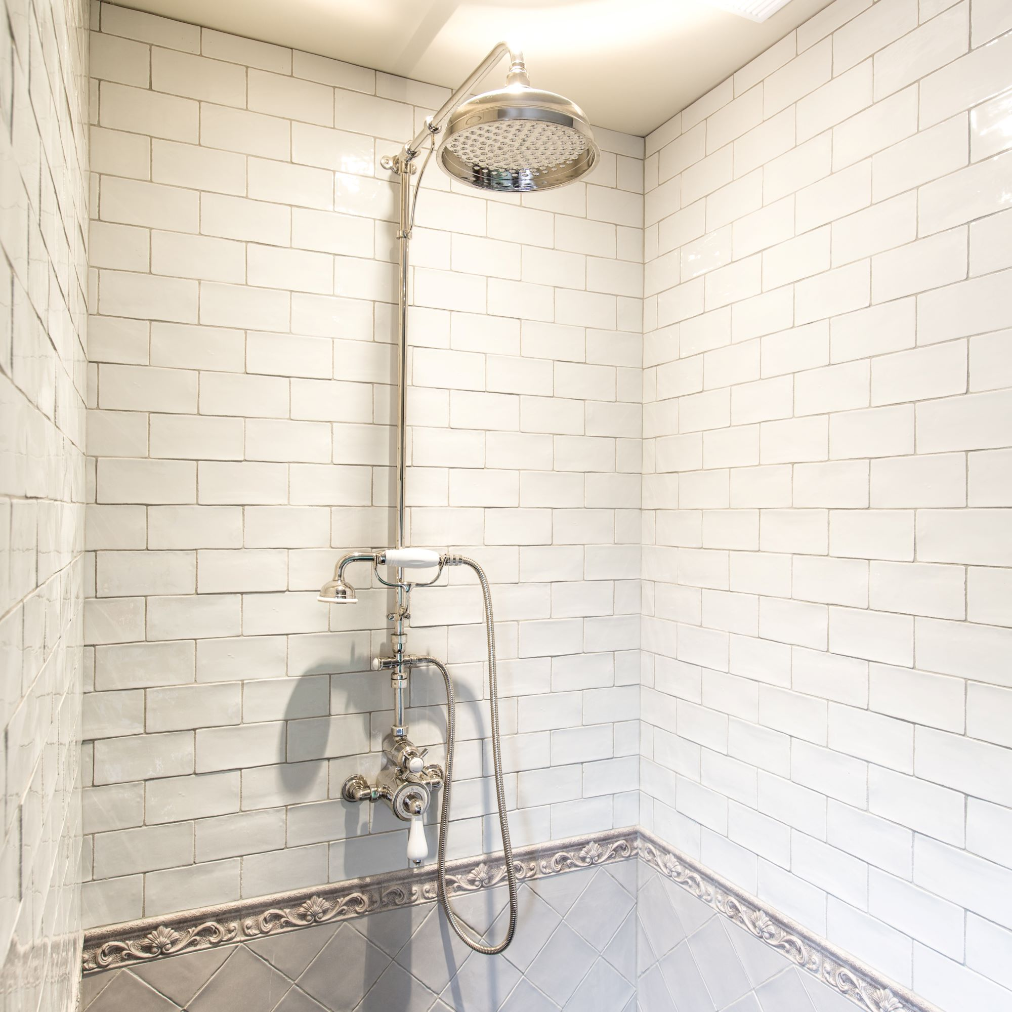 KMbadkamerkranen/kenny_amp_Mason_Traditional_thermostatic_shower_1.jpg