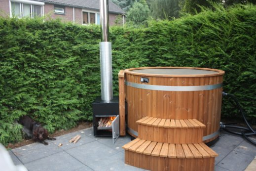 HOTTUBSelect-hottubs-thermowood-2.jpg