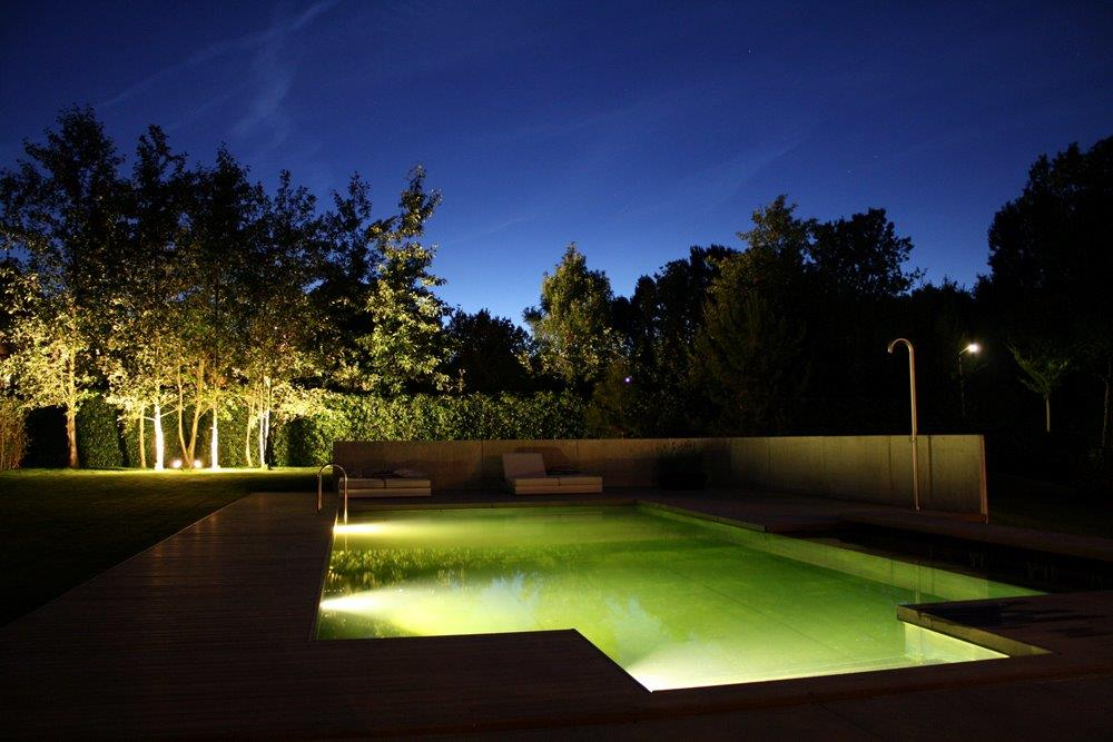 eva-optic-pool-lights-residential-4.jpg