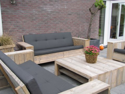 steigerhouten_bank_of_loungebank_Roderik.jpg